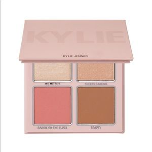 Kylie Cosmetics Holiday Face Pallet